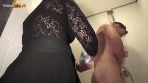 Porno film - Bij het leger des heils krijgt zwerver wel een hele geile behandeling